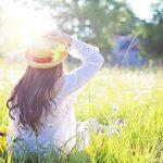 8 façons naturelles de prévenir les coups de soleil (et la crème solaire n'en fait pas partie)